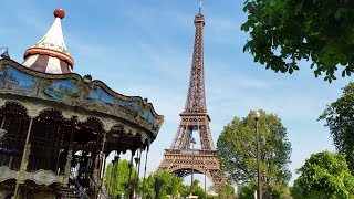 Walking By The Eiffel Tower   My Paris Holiday