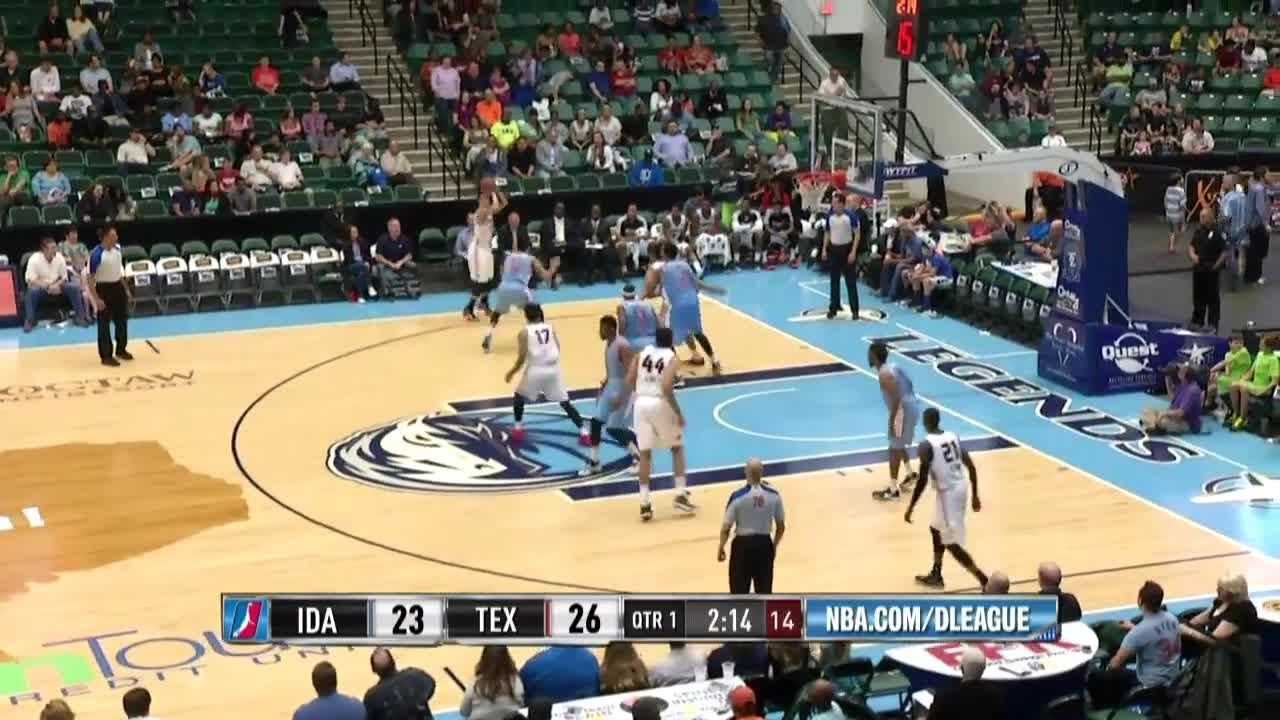 Highlights: Brandon Fields (21 points) vs. the Legends, 4/1/2015