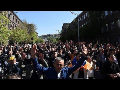 Proteste gegen Langzeit-Machthaber Sargsjan