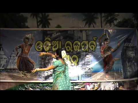 Video Titli Solo Dance at London Raja Festival 2011 download in MP3, 3GP, MP4, WEBM, AVI, FLV January 2017