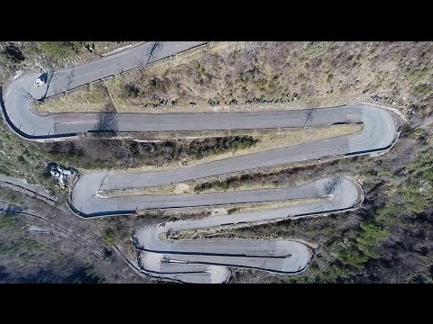 Vídeo a vista de drone WRC Rallye Montecarlo 2015
