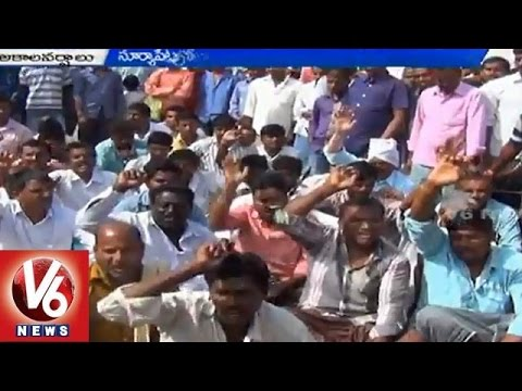 Telangana farmers in concern with crop loss due to unseasonal rains 13042015