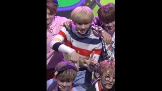 [Fancam/MPD직캠] 160908 ch.MPD NCT Dream - Chewing Gum / JiSung ver. Mnet MCOUNTDOWN DEBUT STAGE!! You can watch this VIDEO only on YouTube ch.MPD www.youtube....