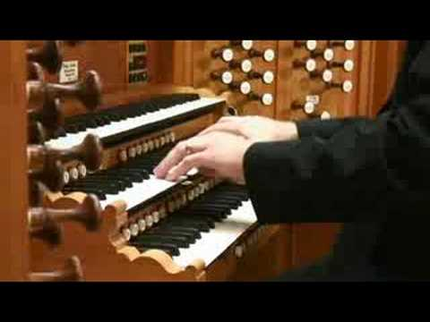 organ music - Prelude in C Major pipe organ music played by Brian. Visit http://www.liahona.net for free music downloads of LDS Church music.