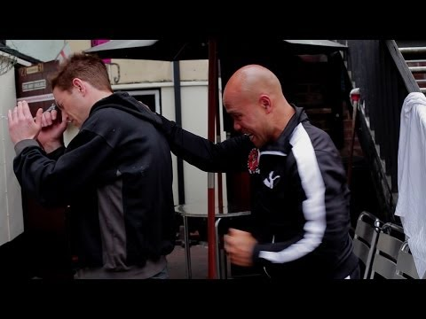 defen - In this series Master Wong demonstrates self defence in real scenarios using wing chun sil lim tao level 1 techniques. For more information or if you have an...