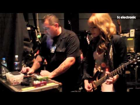 Orianthi doing TonePrints for TC Electronic's Corona Chorus