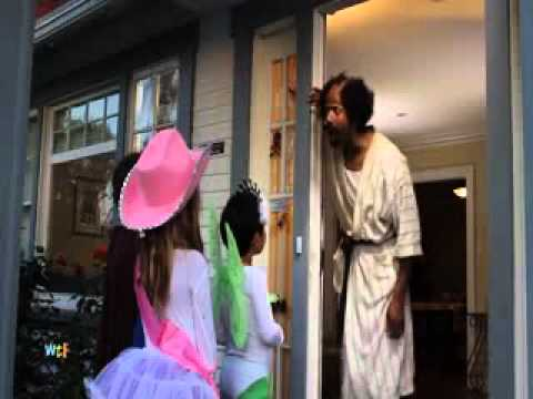 Marlon Wayans Halloween Grinch Comedy Spoof