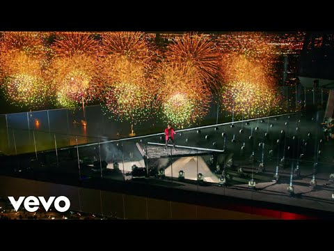 The Weeknd - Blinding Lights (Live On The 2020 MTV VMAs)