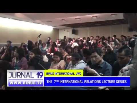 Liputan the 7th IR Lecture Series bersama Dr. Dino Patti Jalal