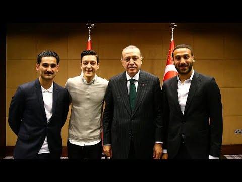 Μπελάδες για Εζίλ-Γκουντογκάν λόγω Ερντογάν