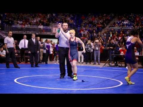 Transgender boy wins girls' wrestling title (видео)