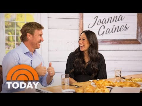 """Fixer Upper"" Stars Joanna Gaines And Chip Gaines Talk About New Cookbook, Baby No. 5 