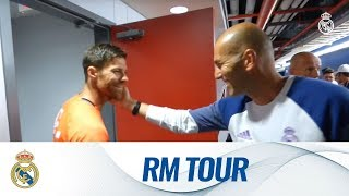 Video 😃✨ Xabi Alonso came to say hello during our final session of our Tour MP3, 3GP, MP4, WEBM, AVI, FLV Maret 2018