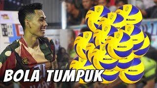 Download Video Kumpulan Spike Bola Tumpuk Terkece !! Hitung aja sendiri bolanya ada berapa ? MP3 3GP MP4