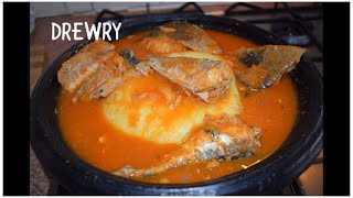 hello everyone! lets make Ghana salmon fish soup today its real name is MACKEREL I also added smoked fried haddock I hope ...
