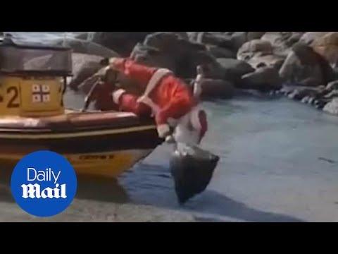 Όταν ο Άγιος Βασίλης έρχεται με βάρκα