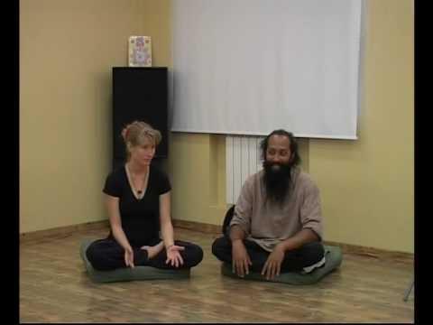 sajan gurukkal - 2008 kalari lectures by Aasan Sajan Gurukal at teatrika.ru moscow.