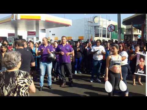 População faz manifestação por mais segurança no município de Mineiros (GO) - Part.03