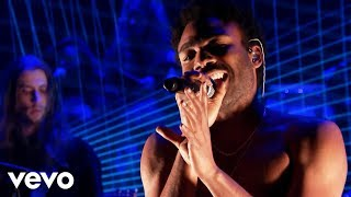 Childish Gambino - Redbone (Live From The Tonight Show Starring Jimmy Fallon)