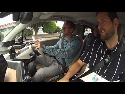 Phillip Kohlschreiber test drives BMW i3 (Electric Car)