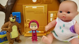 Baby doll and Marsha and the Bear tree house toys play