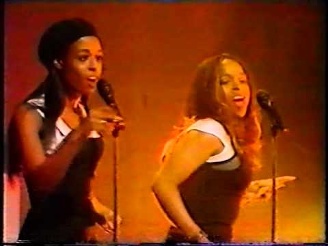 CJ Lewis - Sweets For My Sweet (live on TOTP, 1994)