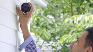 TechCrunch Editor Greg Kumparak met with the Nest team to learn about their new outdoor camera and advanced features added to their app. Read more: https://t...