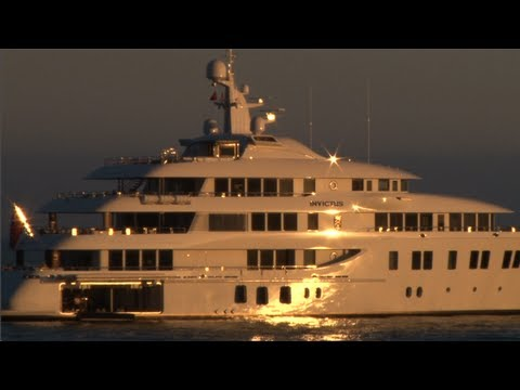 Malibu Luxury Yacht Party - A Mr. Malibu Movie