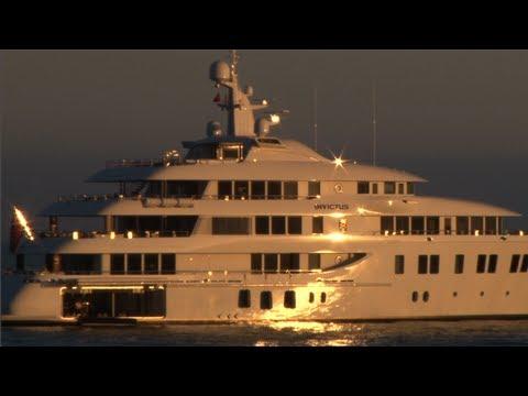 Malibu Luxury Yacht Party - A Mr. Malibu Movie