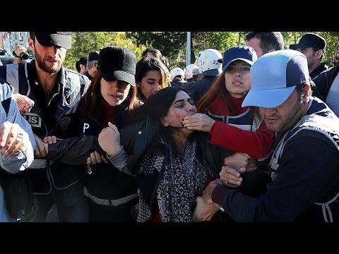 Διαδηλώσεις Κούρδων για τις συλλήψεις των ηγετικών τους στελεχών – world