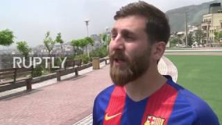 Nonton Iran  Spot On Messi Doppelganger Has Barcelona Fans In A Frenzy Film Subtitle Indonesia Streaming Movie Download