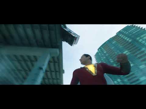 "¡Shazam! - Social Video ""Superhéroe poco serio""?>"