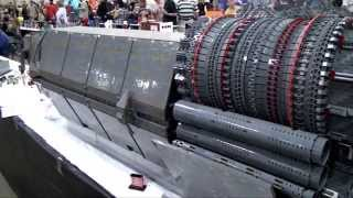 Halo Pillar of Autumn giant LEGO spaceship - Brickworld Chicago 2014