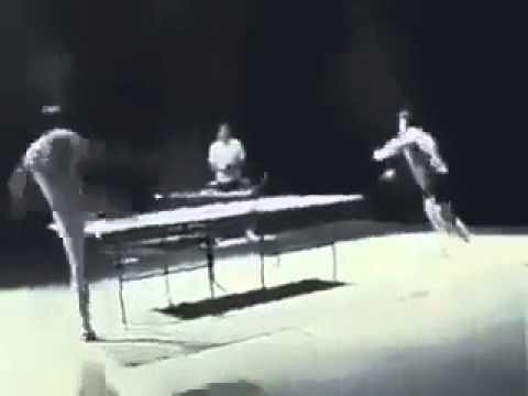 Cách chơi Bóng bàn của Lý Tiểu Long