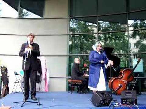 Kwartet Okazjonalny - Aria sprzątaczki / Marylin Monroe