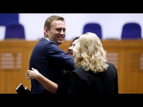 Το ΕΔΑΔ καταδίκασε τη Ρωσία για τις επανειλημμένες συλλήψεις του Ναβάλνι…