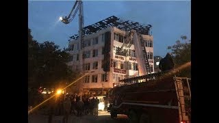17 dead and several injured as fire rips through Delhi hotel