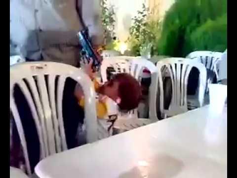 Düğünde Silahla Babasını Vuran Çocuk