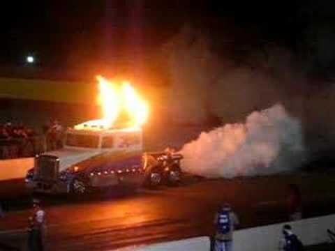 30.000 hp semi truck drag acceleration