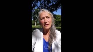 Ginette Forget, Artiste de la Présence, Auteure du livre HOLOS La Présence en Soi. Vous avez l'élan d'organiser une rencontre?