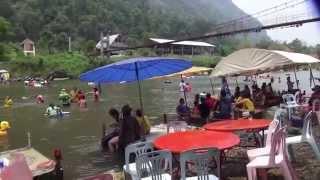 Travel - 2014 Pi-Mai-Lao Water Festival.  Npus-Ntov Dej. (HD)