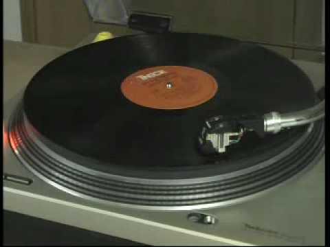 Tekst piosenki The Isley Brothers - That Lady po polsku