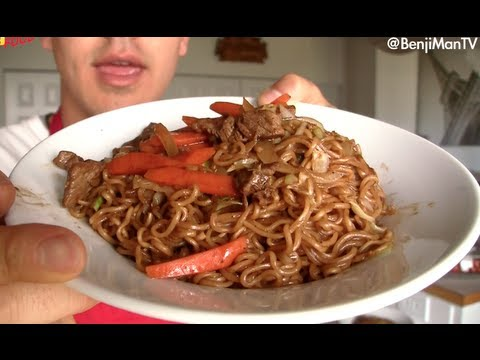 Japanese Yakisoba Noodles Recipe with Beef, Cabbage and Carrots