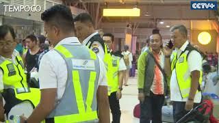 Video Turis Asing Telantar di Bandara Lombok setelah Gempa MP3, 3GP, MP4, WEBM, AVI, FLV Agustus 2018