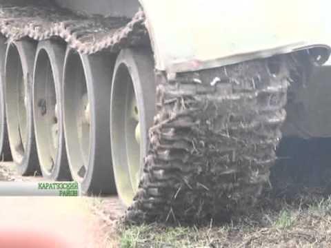 В Минусинском районе пашут землю на танке