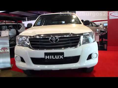 2014 Toyota Hilux 2014 video review Caracteristicas versión Colombia