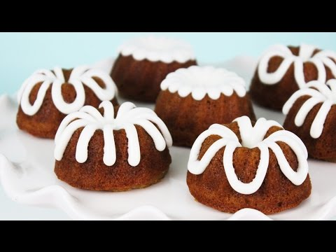 how to - Hot Chocolate Hits's video (Pumpkin Gingersnap Cheesecakes): http://bit.ly/1pAJqjB Hey guys! These mini pumpkin bundt cakes are perfect for fall, and are one of my favorite recipes for this...