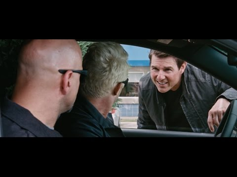 Jack Reacher: Never Go Back (Viral Video 'Saltshaker')
