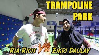Video Ria Ricis VS Zikri Daulay - TRAMPOLINE PARK! siapa yang menang?? MP3, 3GP, MP4, WEBM, AVI, FLV November 2018