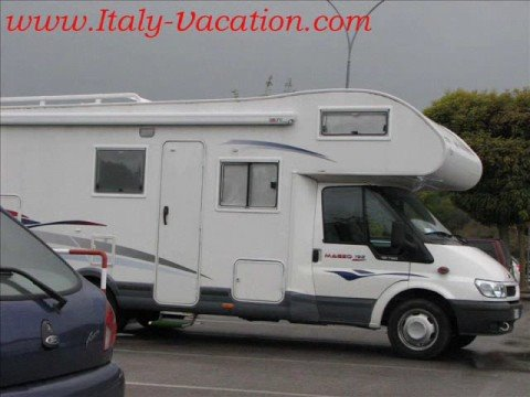 Italy Motorhome Vacation freedom , quality Holiday Festival